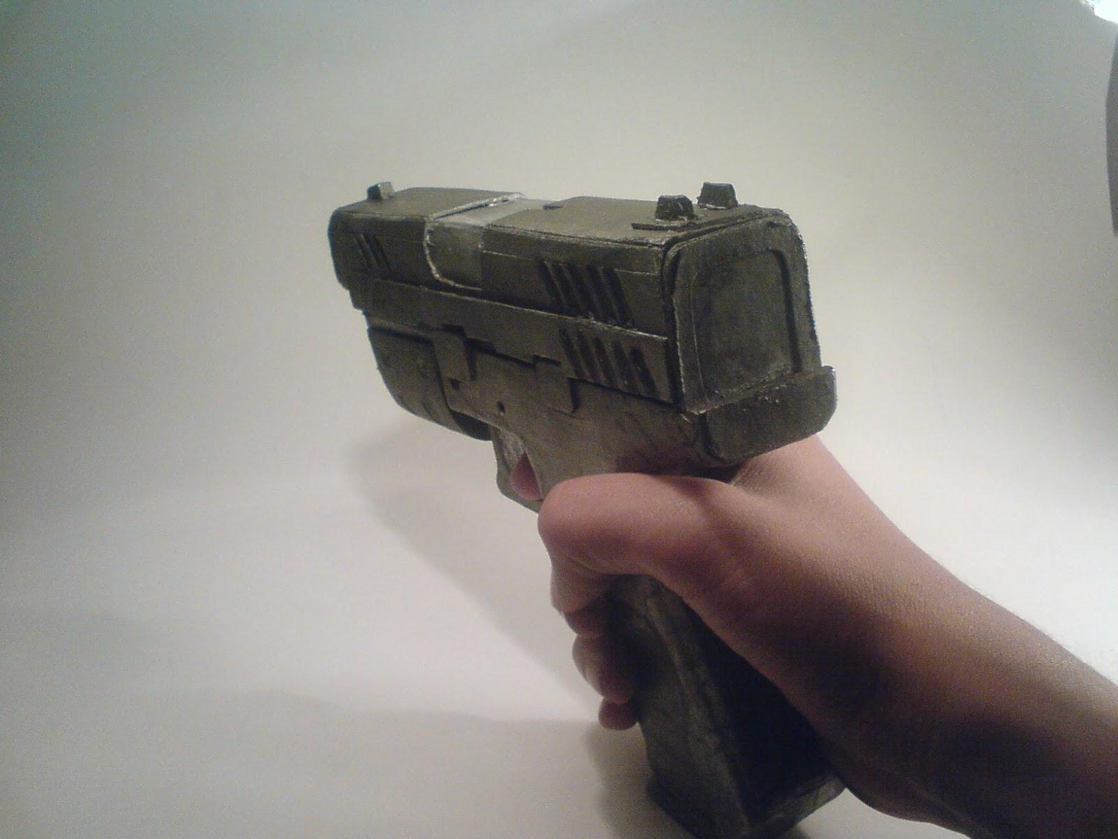 Pistola Blacktail - Resident Evil DSC04526