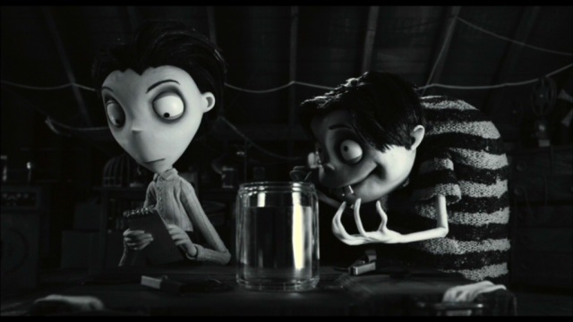 Shameless Pile Of Stuff Movie Review Frankenweenie