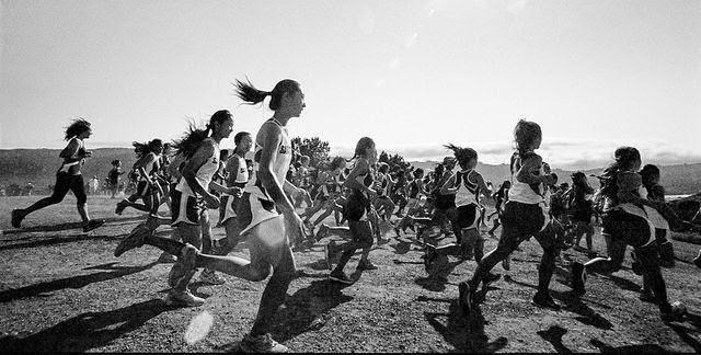 8 tipuri utile de alergare pentru alergători începători sau avansaţi