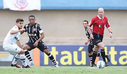 Goiás empata com o Corinthians e sai do Z4