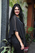 kamna jetmalani new glam pics-thumbnail-12