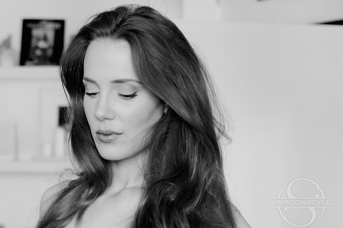 Fotos de Simone Simons - Página 28 Angelina+Jolie+2_1