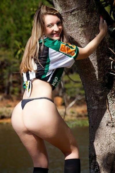 América-MG - Fernanda Arrigoni. Candidata a musa do brasileirão 2011