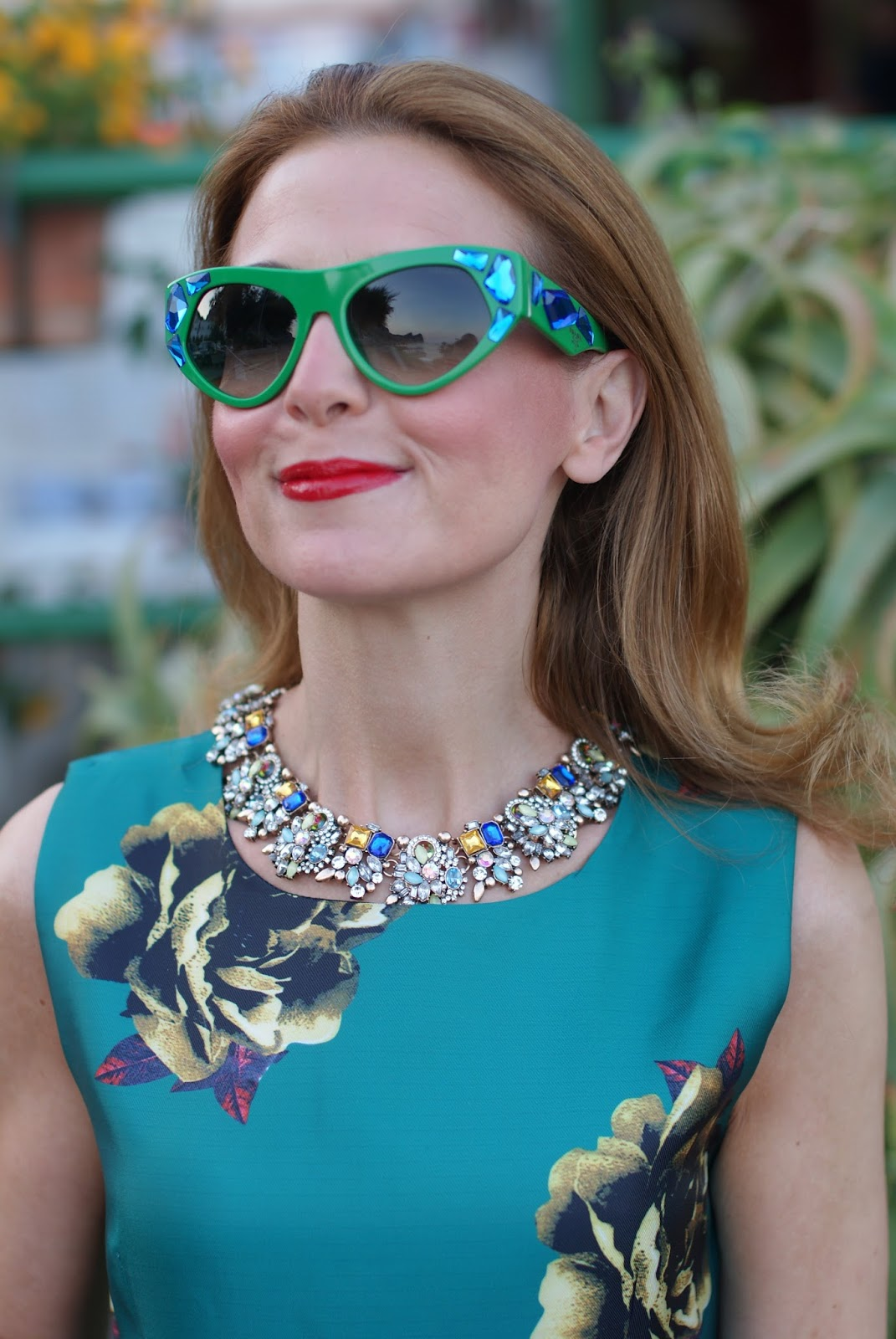 Statement necklace and Prada Voice jeweled sunglasses found on Giarre on Fashion and Cookies fashion blog, fashion blogger style