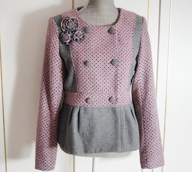https://www.chicfy.com/chaqueta-romantica-rosalita-mc-gee/preciosa-chaqueta-lana-color-rosa-gris