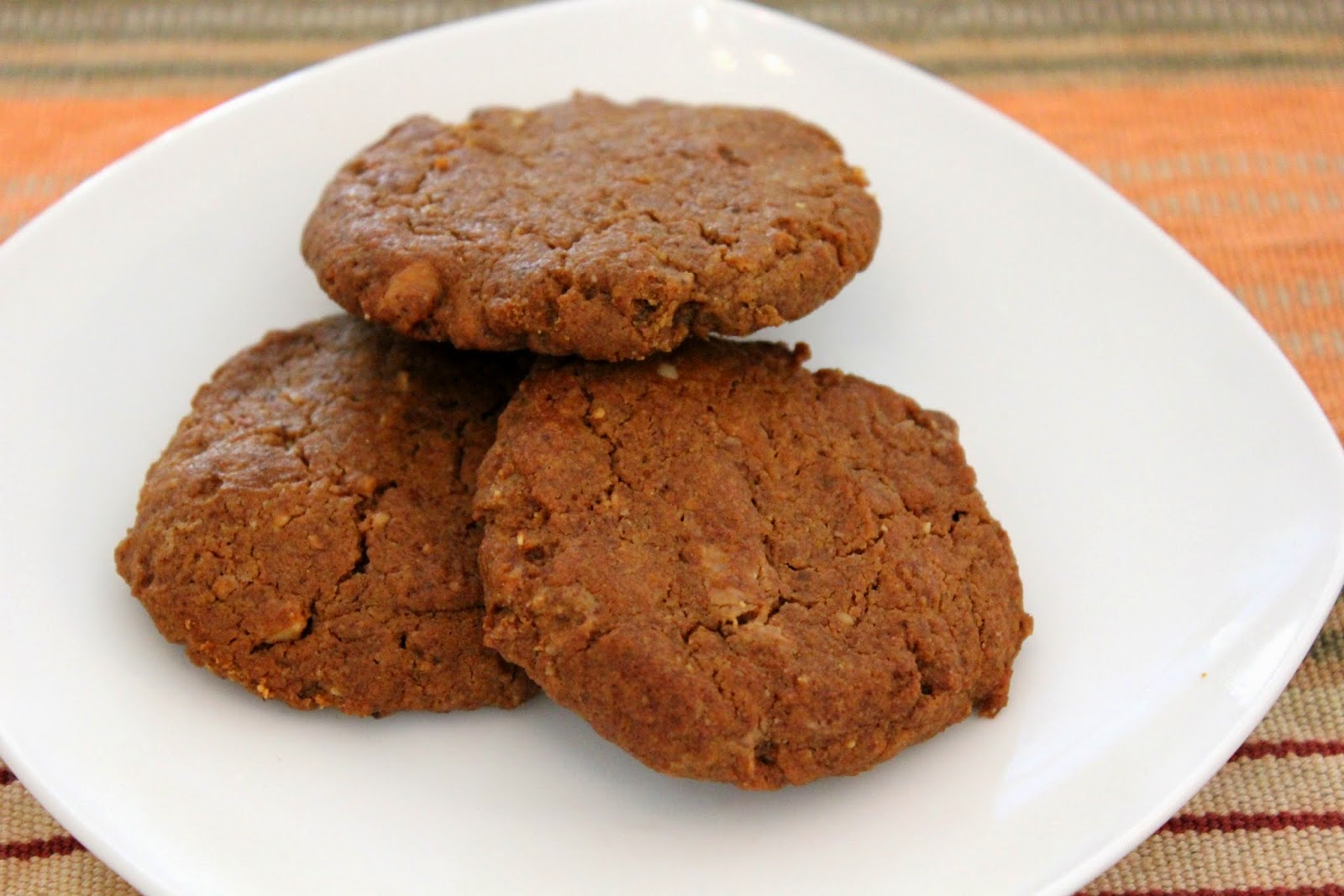 paleo cookie made with almond butter