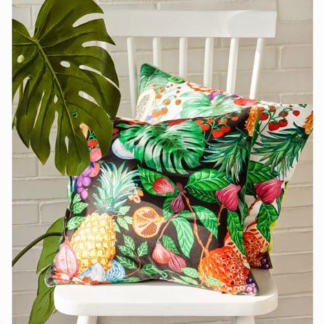 vert poussin d coration tropicale. Black Bedroom Furniture Sets. Home Design Ideas