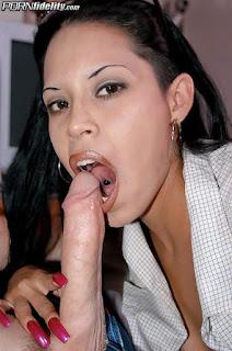 Horny and twerking - sexygirl-q0-750577.jpg