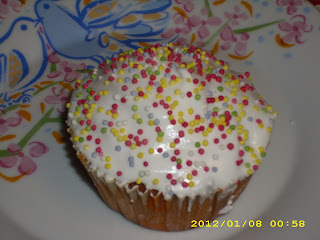CUPCAKES ΜΗΛΟΥ ΜΕ ROYAL ICING IMG_0011+%25282%2529