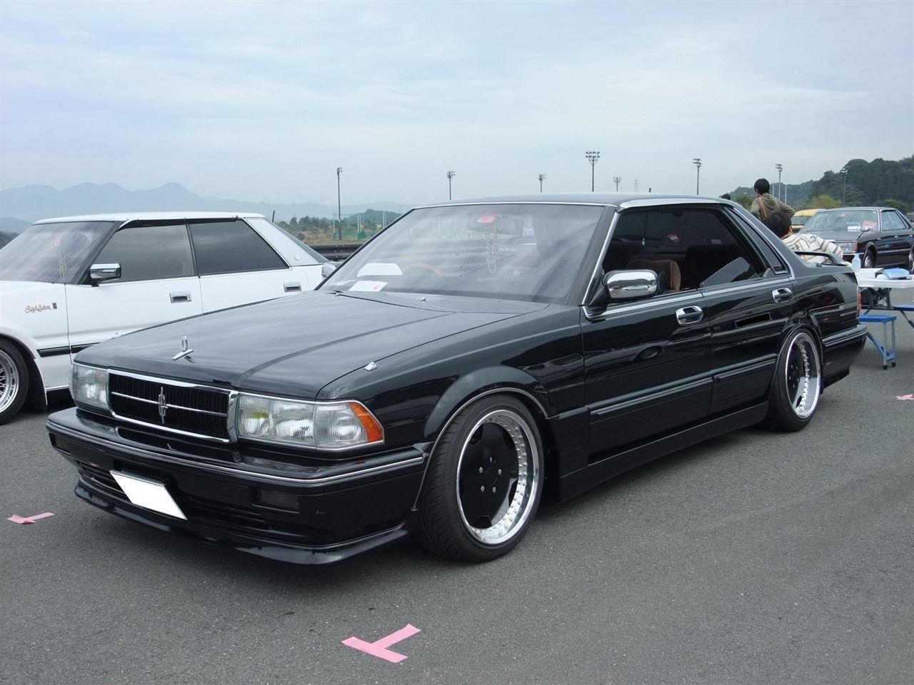 Nissan Cedric Y31, hardtop sedan, klasyczne stare auta, mało znane samochody, unikalne i ciekawe sedany