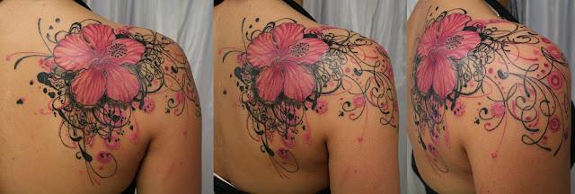 Motylek czerwony tatua e cz 2 for Hibiscus flower tattoo shoulder blade
