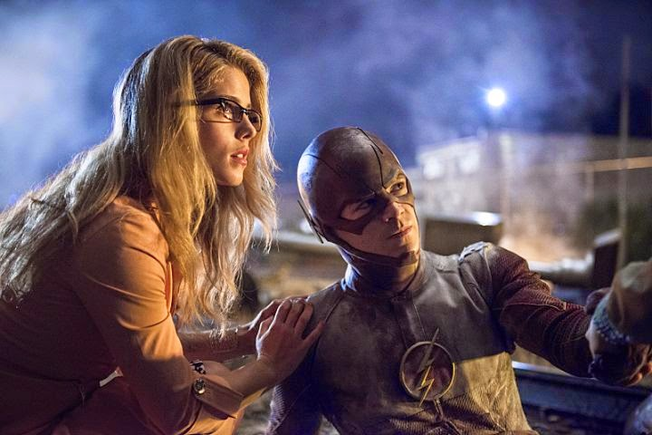 The Flash & Arrow - Emily Bett Rickards Talks with IGN