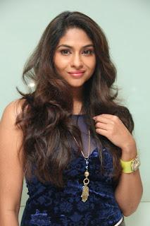 Lakshmi Devy Pictures at Masala Padam Movie Audio Launch   (3).jpg