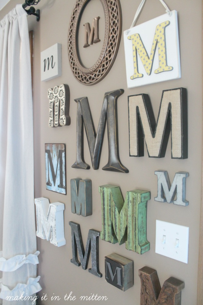 Making it in the mitten monogrammed wall for Decoration 5 letters