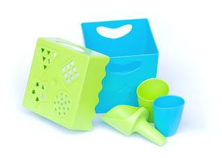 Zoë b Organic Fantastic Anti-Plastic Beach Toys are Made in the USA