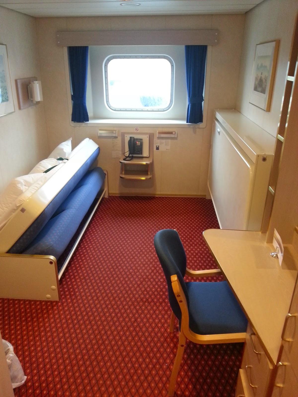 Hurtigruten MS Richard With - Standard Outside Cabin
