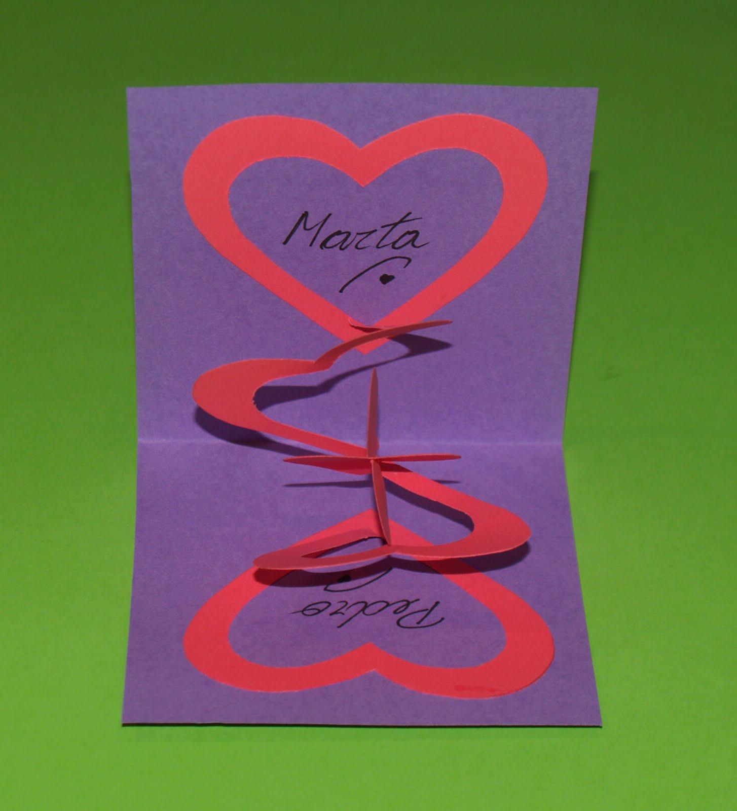 tarjeta pop up de corazones