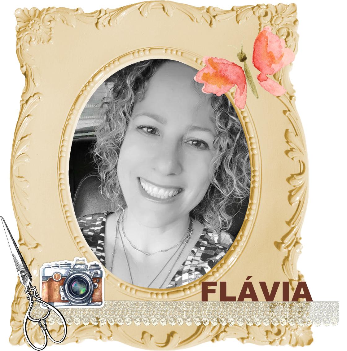 Designer Flávia Gaiguer