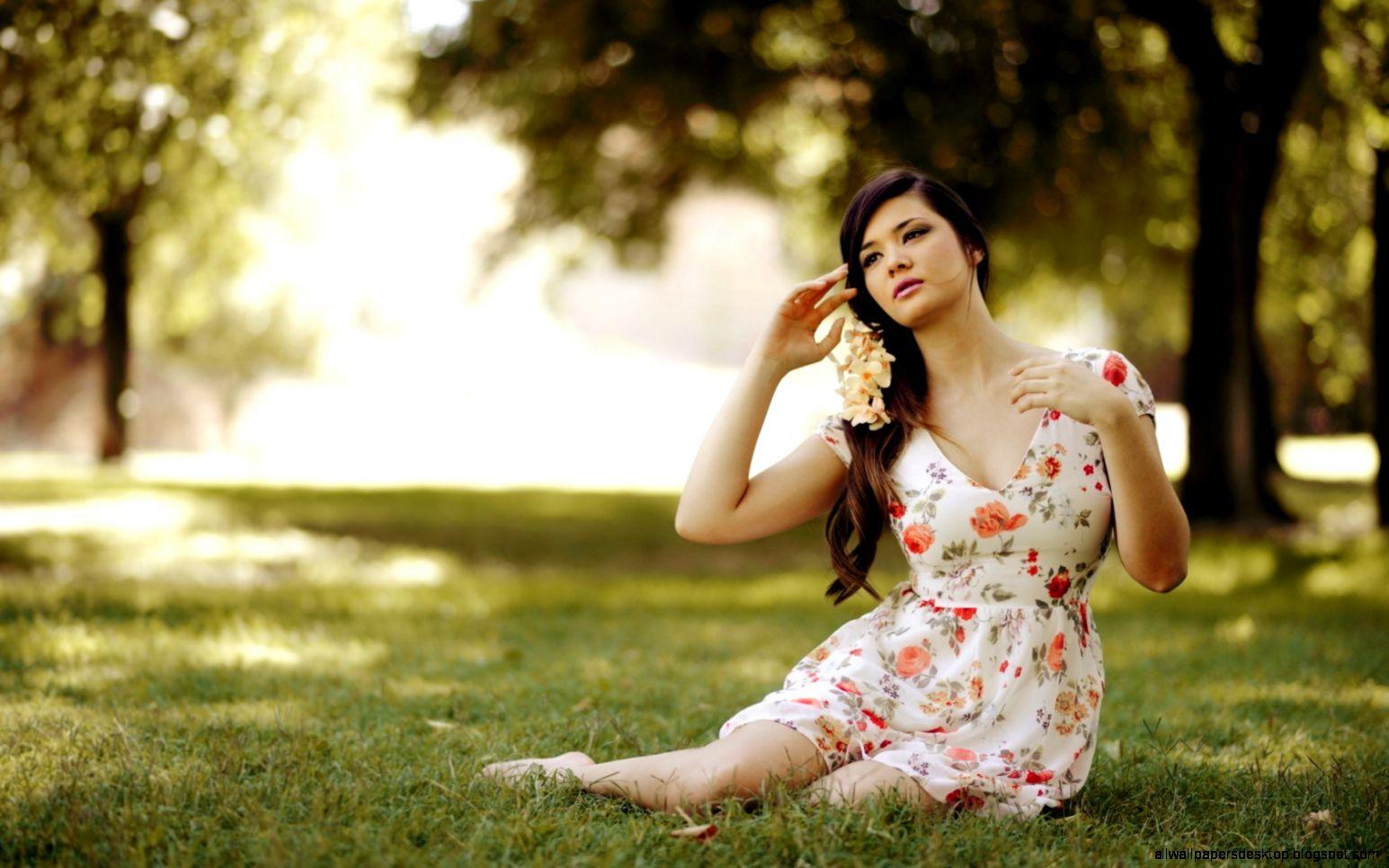 Lovely Girl Dress Hd Wallpaper  Best Desktop Wallpapers