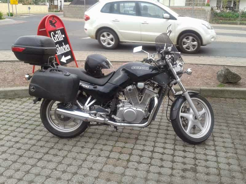 Modifikasi Suzuki VX800 Hitam