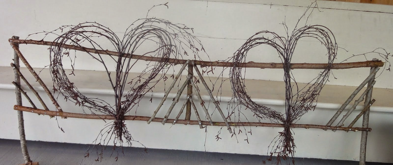 TWISTED TWIG COUNTRY FENCE