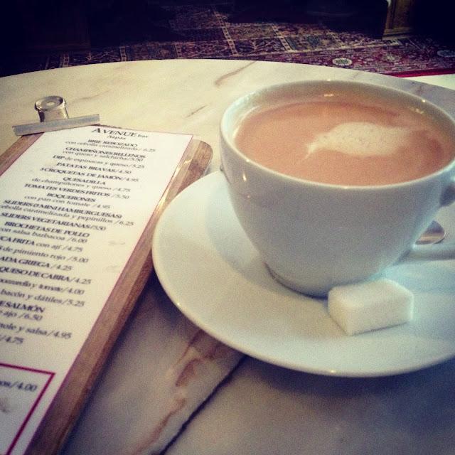 café Avenue Bar