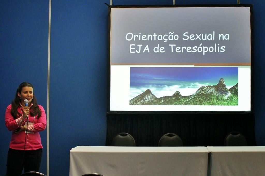 A professora Gabriella Freidman Mattos apresenta seu trabalho no XIV Congresso Brasileiro de Sexualidade Humana