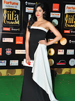Adah Sharma latest photos at iifa day 2-cover-photo