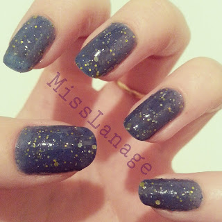 nelly-polish-bodmin-swatch-manicure