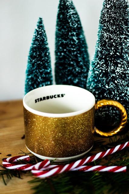 Starbucks Tasse, Starbucks Weihnachtstasse, Christmas Mug, gold, Zuckerstang,Weihnachtsdekoration