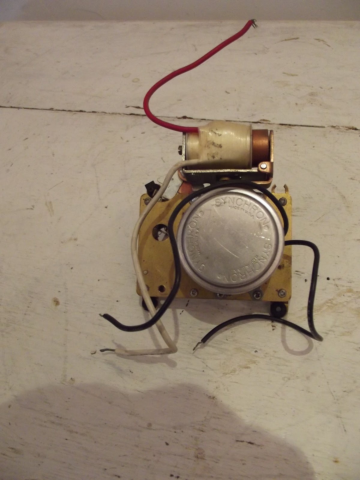 Synchron motor for clockwork electric gear clock service for Industrial electric motor repair