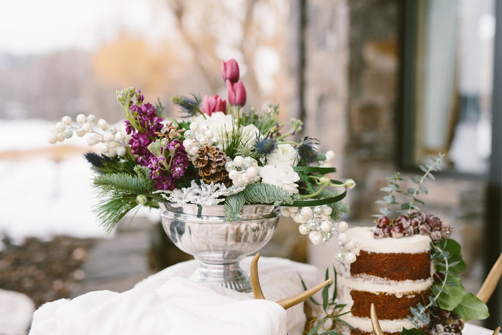 Winter wedding flowers by Conrad Floral, Photography by Dina Remi