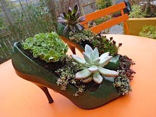 Maceteros reciclados zapatos plantas - Maceteros originales baratos ...