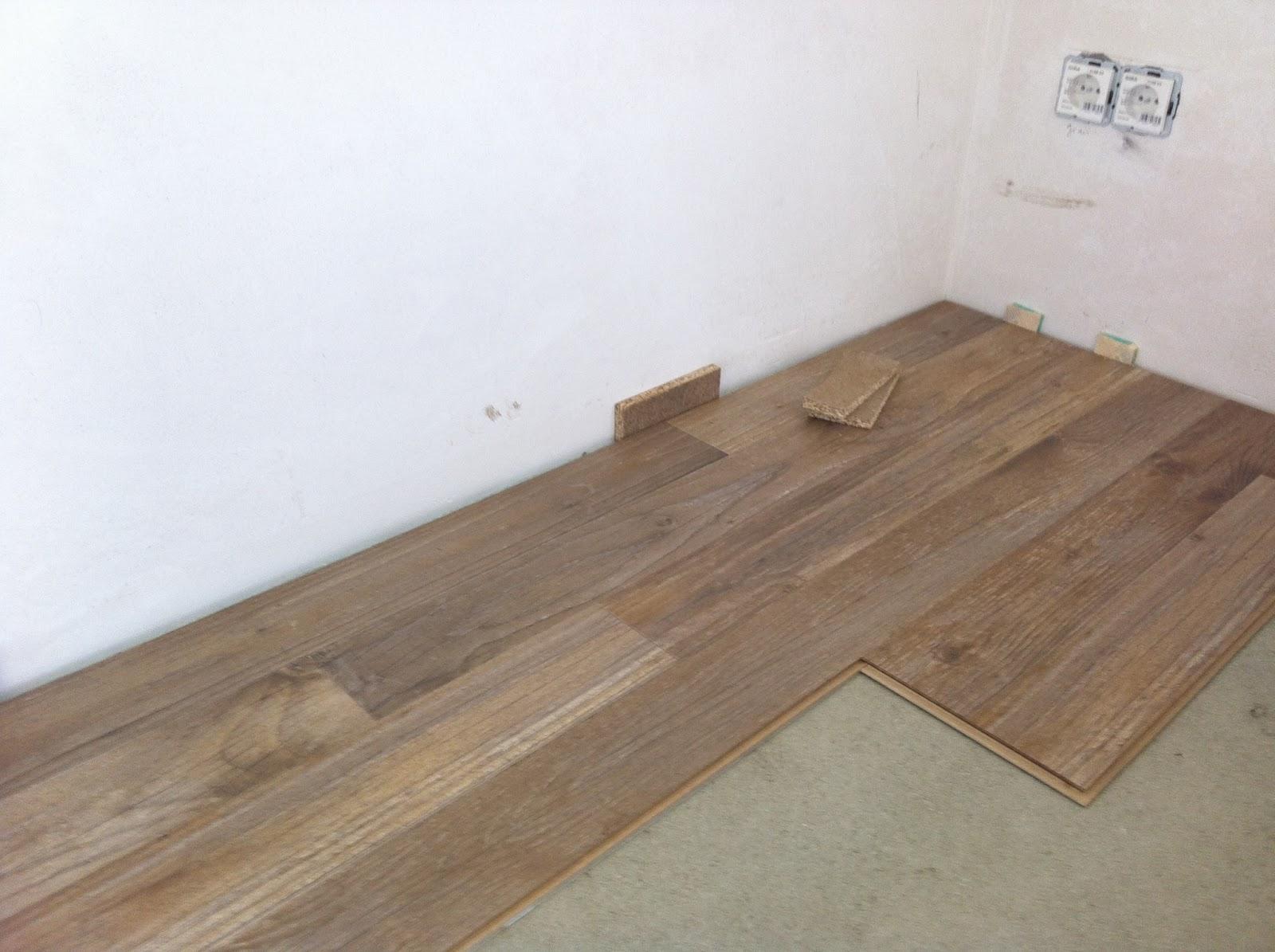 stein auf stein wird h tte fein bautagebuch mit baudirekt erfahrungen und bewertung mai 2013. Black Bedroom Furniture Sets. Home Design Ideas