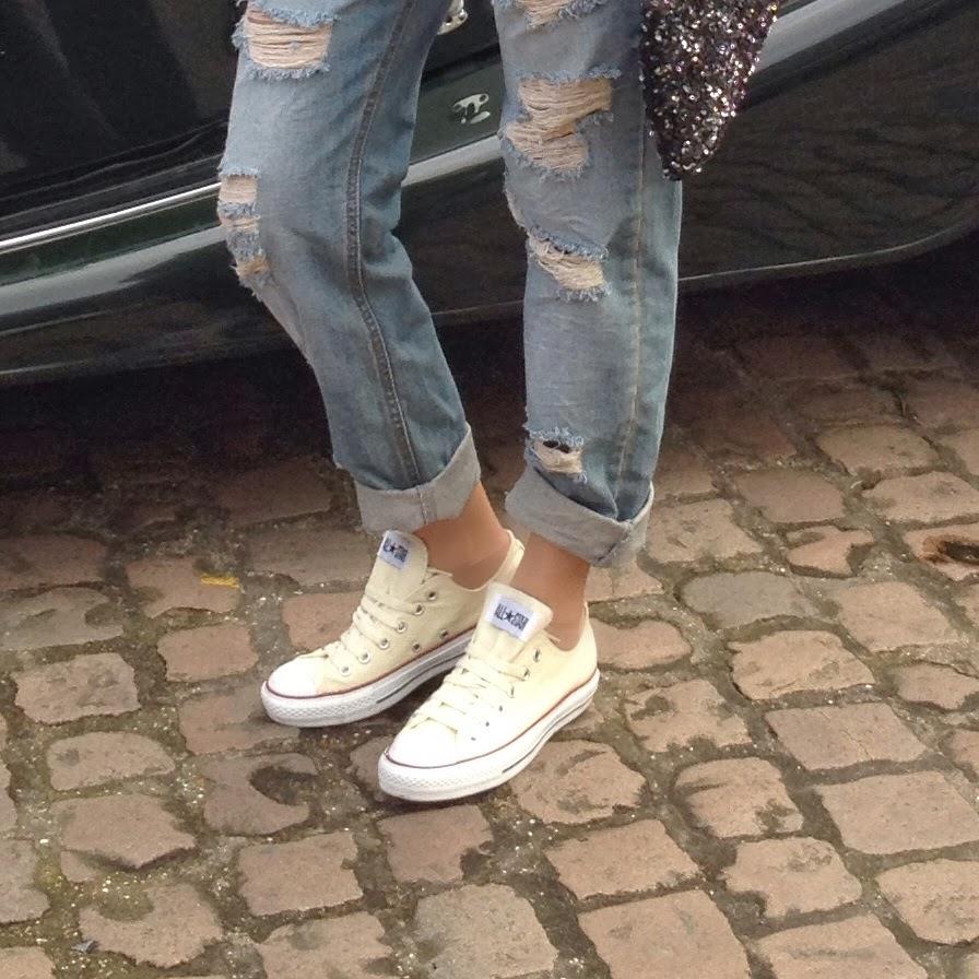 asos, converse, ripped jeans, boyfriend jeans, ripped boyfriend jeans, ootd, wiwt, street style, blogger, uk blogger, deutscher blogger