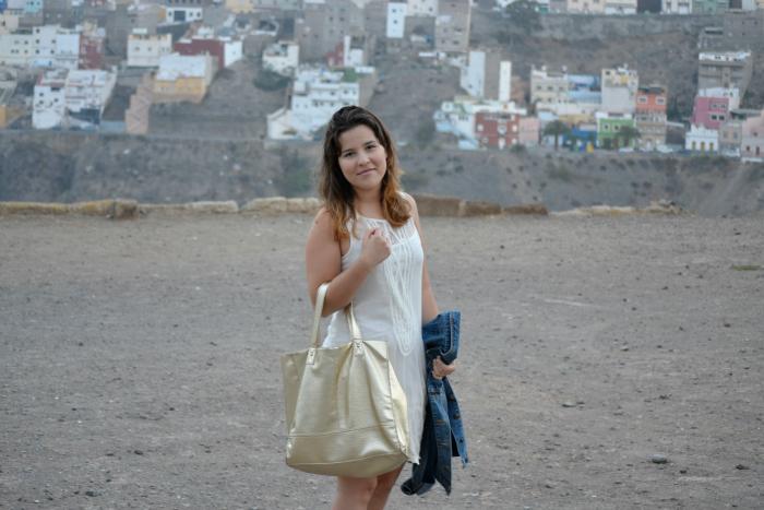 Vestido_Blanco_Bolso_Dorado_Primark_Bailarinas_Puntera_Glitter_Nudelolablog_02