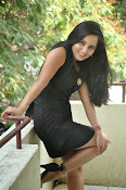 Ishika Singh dazzling Photos-thumbnail-9