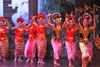 TARI YAPONG JAKARTA