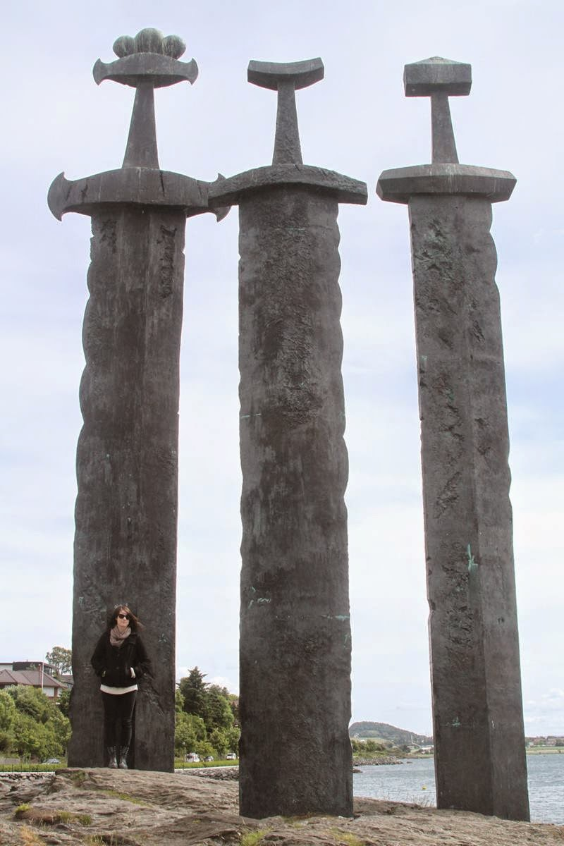 Sverd i Fjell or Swords in Rock, The Three Swords Monument is one of the most spectacular and imposing monuments. This Monument was created by sculptor Fritz Røed and inaugurated by King Olav in 1983.