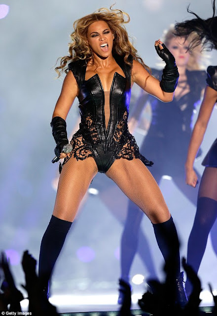 beyonce at the superbowl