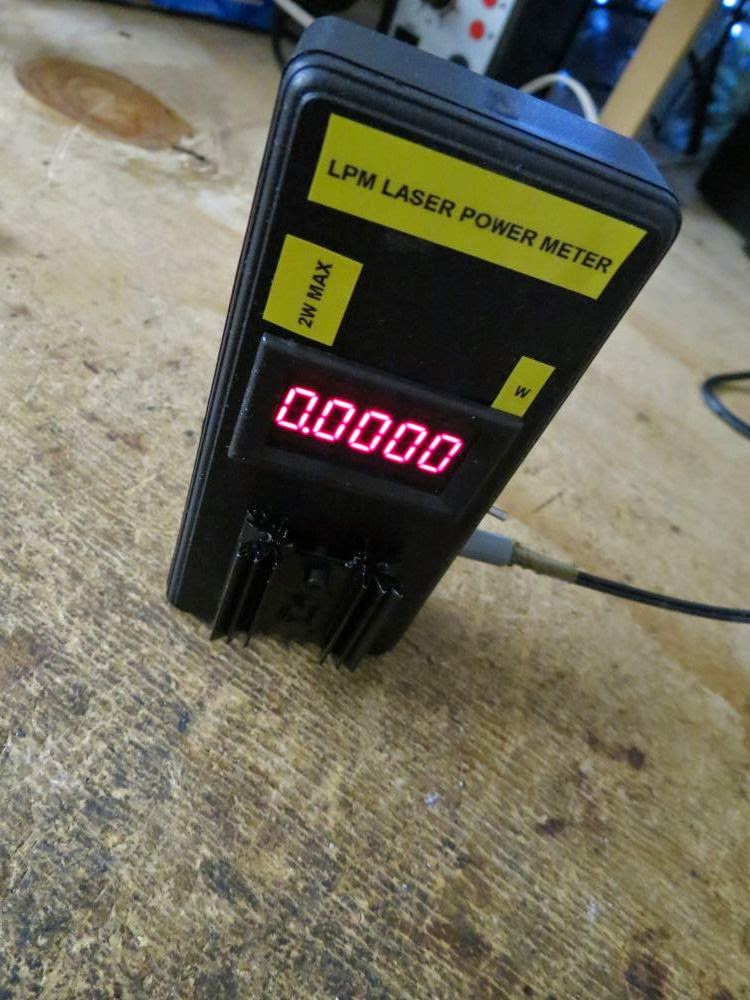 Laser Power Meter : Davide gironi a cheap and simple laser power meter lpm
