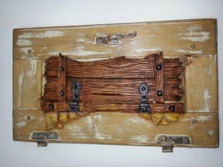 Manual egido contraventanas decoradas for Manualidades con madera vieja