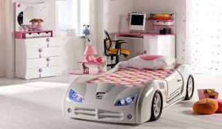 Beyaz arabal%C4%B1 yatak modeli 550x320 Arabalı yatak modelleri