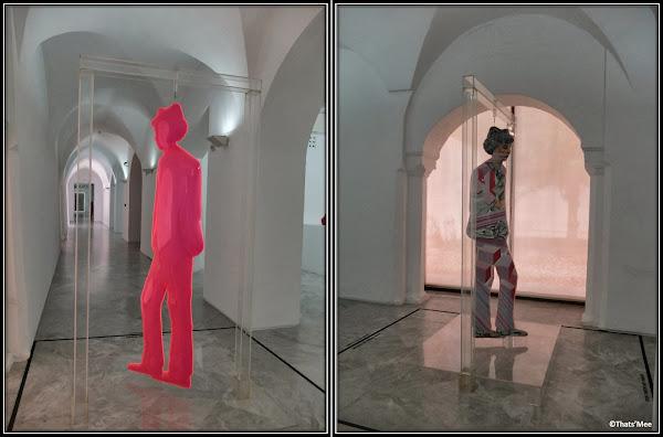 Séville centre andalou d'Art contemporain sculpture plexi ballon