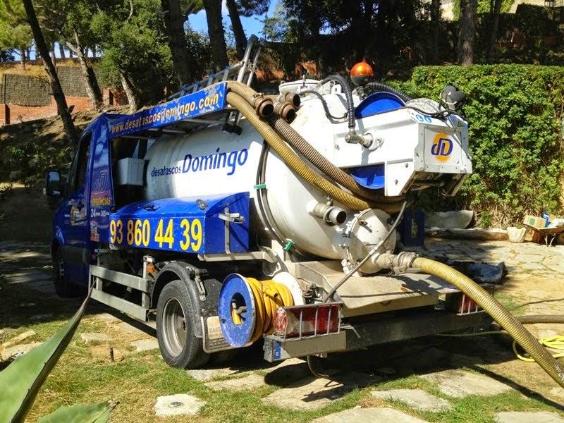 Camión cuba de Desatascos Domingo