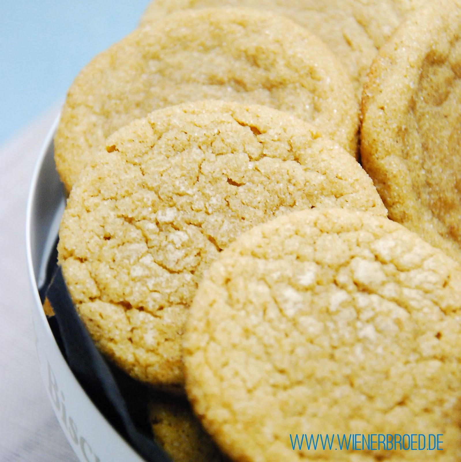 Snickerdoodles - Cookies with cinnamon-sugar crust