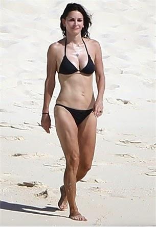 courtney cox in bikini