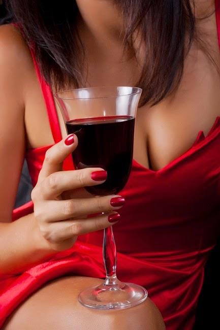 culoarea vinului trebuie sa fie mai inchisa decat a ojei