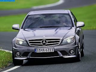 Mercedes c200 front view - صور مرسيدس c200 من الخارج