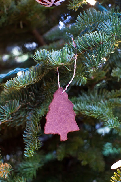 12 Days of Christmas Treats Day 12: Applesauce and Cinnamon Ornaments